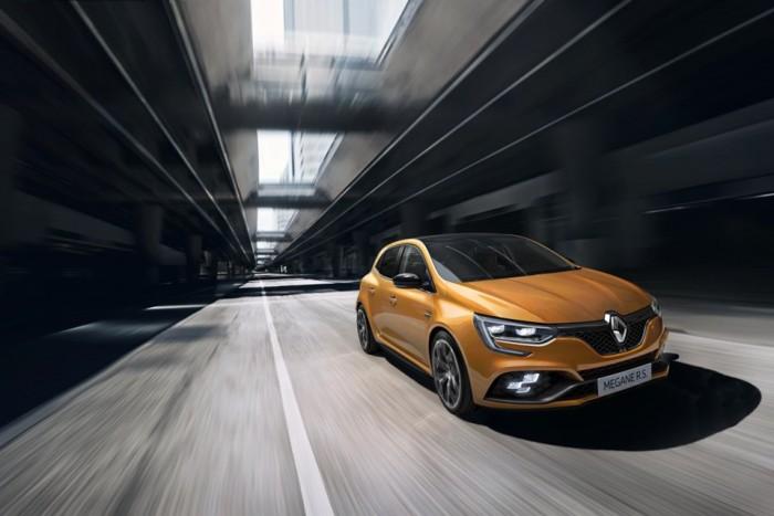 Renault - 17