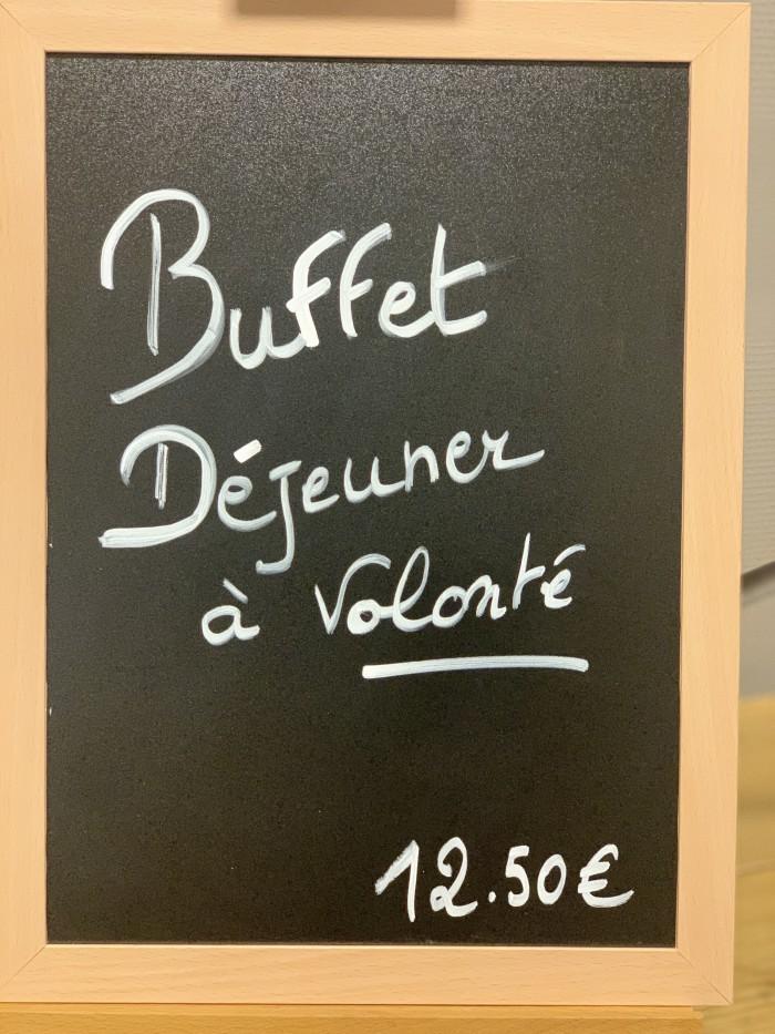 Buffet déjeuner - 1