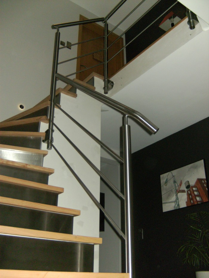 Garde-corps escalier Inox 3 sous-lisses