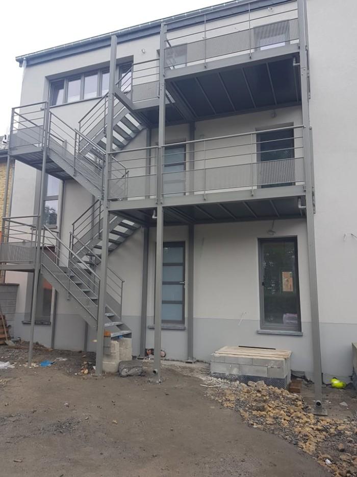 Double escalier + terrasse