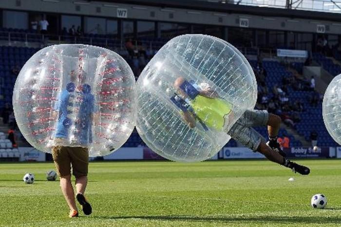 Bubble football - Football bulle