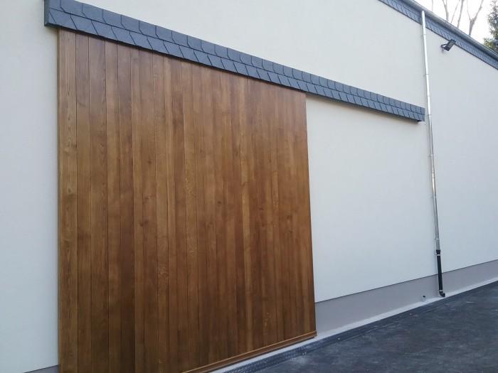 Porte coulissante extérieure