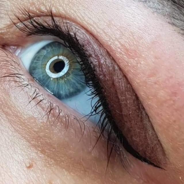 Maquillage permanent - 10