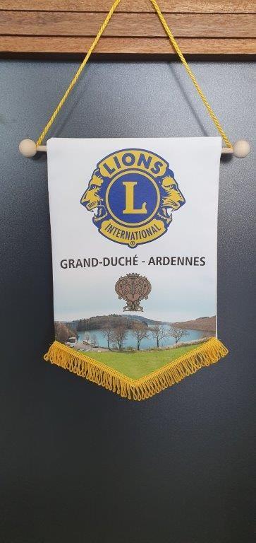 Drapeaux - Fanions - 9
