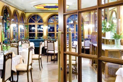 Restaurant / Brasserie - 1