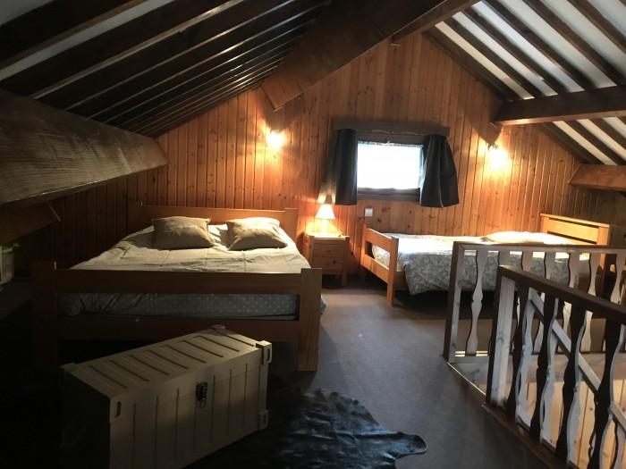Chambre en  mezzanine OChalet en Ardenne