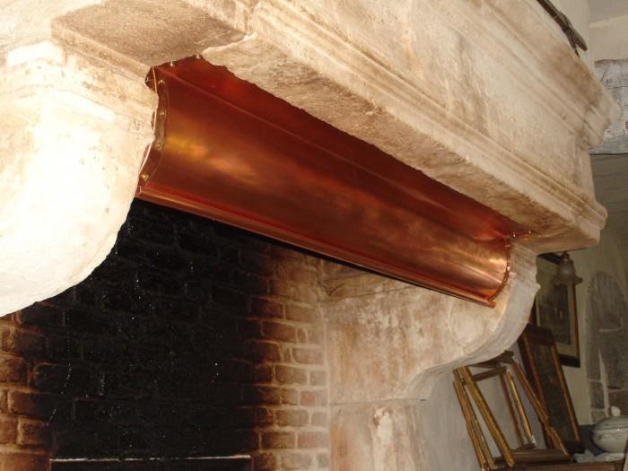 Réalisation en cuivre pour cheminée