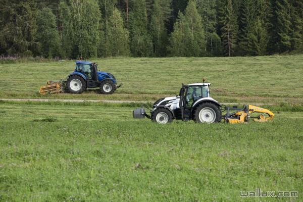 Valtra matériel agricole